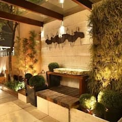 Casa |Design 2008: Jardins de fachadas de casas  por Cláudio Maurício e Paulo Henrique