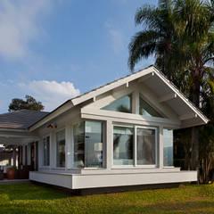 Condominios de estilo  por Maciel e Maira Arquitetos