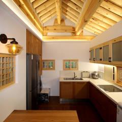aziatische Keuken door 디자인 스루딥