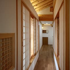 Corridor and hallway by 디자인 스루딥