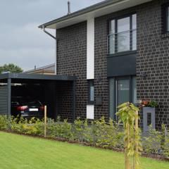 Stahlcarport - Gesamtansicht:  Carport von Schmiedekunstwerk GmbH