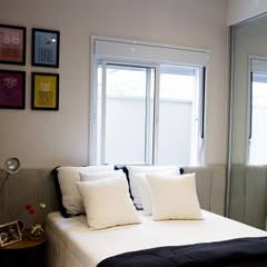 Dormitório: Quartos  por Estúdio Sá Arquitetura