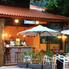 Café Vida Mansa Maresias: Espaços gastronômicos  por VN Arquitetura