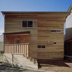 木づくりの家: 前田工務店が手掛けた木造住宅です。