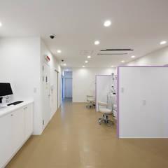 診療室: atelier mが手掛けた病院です。
