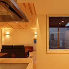 Ruang Kerja oleh 一級建築士事務所 アトリエ カムイ, Asia Parket Multicolored