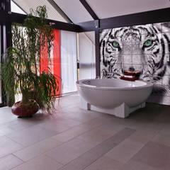 Tile Murals:  Bathroom by UniqueTiles Ltd