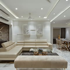 WHITE HAVEN 4BHK APARTMENT :  Living room by Ar. Milind Pai,Minimalist Marble