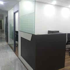 Corporate Interiors Okhla New Delhi:  Office buildings by SDINC