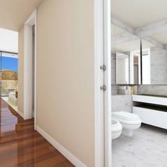 Edifício de luxo 'Douro Crystal Gardens' - 28 Apartamentos, Palácio de Cristal - PORTO: Casas de banho  por SHI Studio, Sheila Moura Azevedo Interior Design