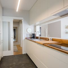 Kitchen units by SHI Studio, Sheila Moura Azevedo Interior Design,