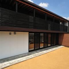 House-Sa: 伊藤憲吾建築設計事務所が手掛けた一戸建て住宅です。