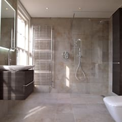 Exquisite Shower Room: modern Bathroom by DeVal Bathrooms