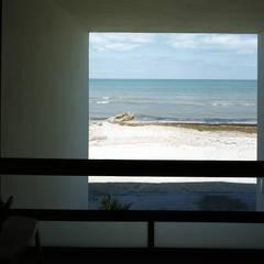 Duarte Aznar Arquitectos が手掛けた天窓, ミニマル コンクリート
