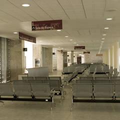 Hospital Regional de Alta Especialidad: Hospitales de estilo  por Duarte Aznar Arquitectos