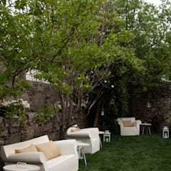 Front yard by SHI Studio, Sheila Moura Azevedo Interior Design