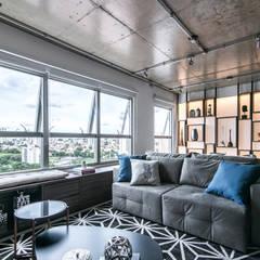 Sala: Salas de estar  por Débora Vassão Arquitetura e Interiores