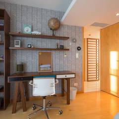 Boys Bedroom by SHI Studio, Sheila Moura Azevedo Interior Design,