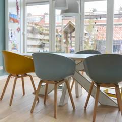 interieurontwerp woning Utrecht:  Woonkamer door Studio Binnen
