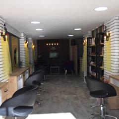 LIA Mimarlik İcmimarlik – Işık Kuaför:  tarz Dükkânlar