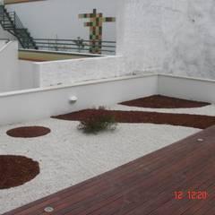 Jardim em Lisboa: Jardins  por Viveiros da Boa Nova, Lda