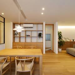 豊橋市 八町通の家: スタジオグラッペリ 1級建築士事務所 / studio grappelli architecture officeが手掛けたサンルームです。
