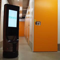Robot KEYLO - Wyca: Locaux commerciaux & Magasins de style  par ANTRACITE Design&Innovation