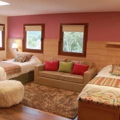 Habitaciones: Hoteles de estilo  por INTEGRAR DISEÑO
