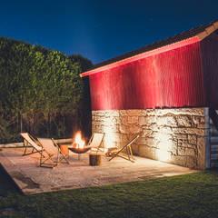 Country house by Júlio Caseiro - Arquitectura, Lda