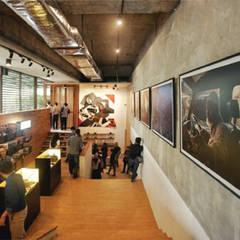 Realization #1:  Kantor & toko by ARAT Design