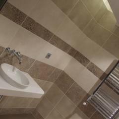 PLAN B – VİLLA RENOVASYON PROJESİ-ANKARA: klasik tarz tarz Banyo