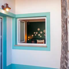 Casas de campo de estilo  por Dolcenea Design