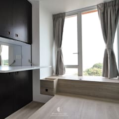 Woody:  Bedroom by Mister Glory Ltd, Minimalist