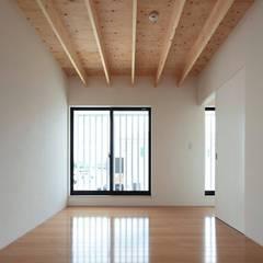 House-H: 伊藤憲吾建築設計事務所が手掛けた子供部屋です。
