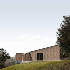 Casas ecológicas de estilo  por Andrea Cianciaruso Studio