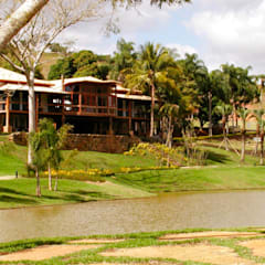 Country house by Hérmanes Abreu Arquitetura Ltda