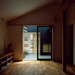 Ruang Kerja oleh 前田工務店, Asia Kayu Wood effect