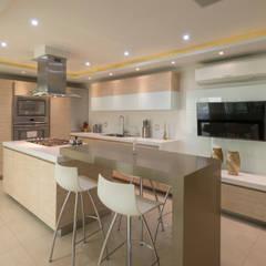 Nhà bếp by René Flores Photography
