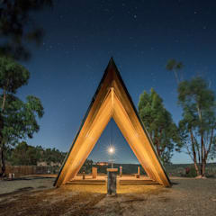 Gable roof by Plano Humano Arquitectos, Minimalist Solid Wood Multicolored