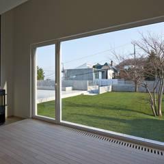 FSMR: アトリエモノゴト 一級建築士事務所が手掛けた書斎です。