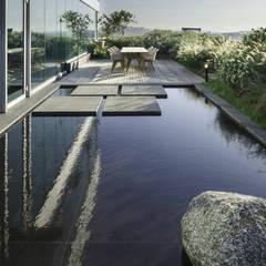 Garden Pond by (주)더숲