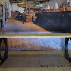 Tafel Tjonger:   door Meubelpassie, Industrieel