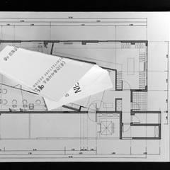 내부: (주)건축사사무소 예인그룹의  바닥