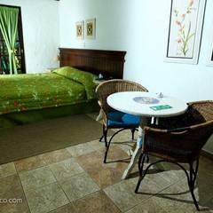 Eco Resort Refúgio Cheiro de Mato : Hotéis  por Rita Ramiro Consultoria & Design