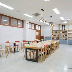 Escuelas de estilo  por 위아카이(wearekai)