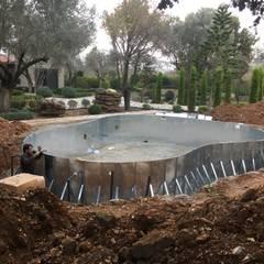 Sıdar Pool&Dome Yüzme Havuzları ve Şişme Kapamalar – Havuz gövde montajı:  tarz Bahçe havuzu