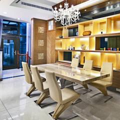 桃園大清悅湖 黃公館:  廚房 by 築室室內設計