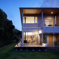 منزل خشبي تنفيذ 一級建築士事務所 株式会社KADeL