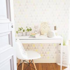 Entrée: Bureau de style de style eclectique par B.Claire.full Design