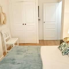 Alojamento Local em Monte Gordo - Algarve: Quartos  por Tezturas • Arquitectura e Decoração de Interiores